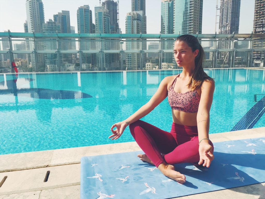 how to choose attractive price complimentary shipping Yoga Every Damn Day With HOLDEReight - Amanda Rushforth